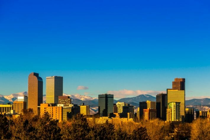 best-time-to-visit-denver_fall_downtown-skyline.jpg?strip=all&lossy=1&resize=710%2C473&ssl=1