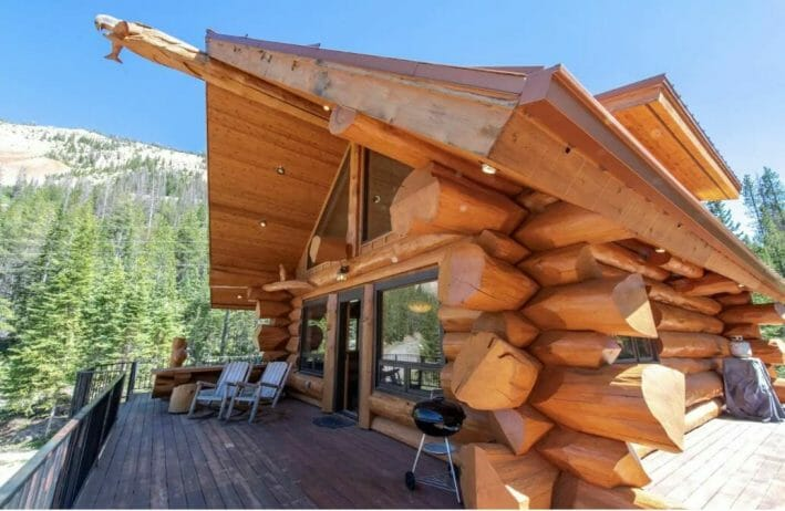 Front wraparound deck and large log cabin